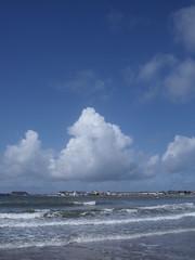 (Matt_Pugh) Tags: blue sea sky sun colour beach nature water southwales wales clouds sand fuji natural bright earth cymru riversevern clear finepix fujifilm welsh porthcawl bristolchannel j120 2011 severnestuary blinkagain