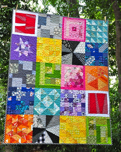 do. Good Stitches Love Circle - May 2011 Quilt