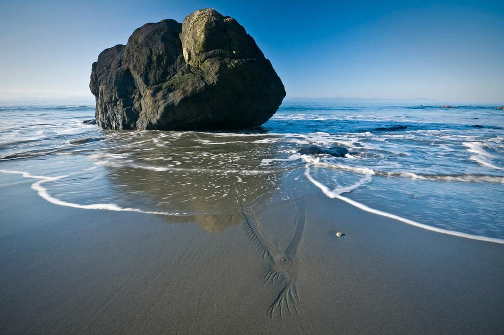 1002 1676 Mystic Beach