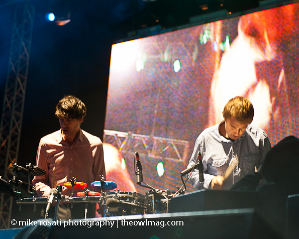 Cut Copy - TI'11 - Saturday