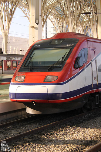 Comboio 4006 by Luís Miguel Inês | Fotografia