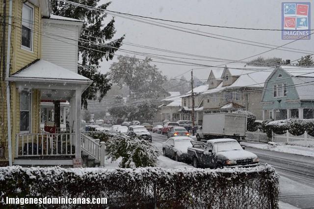 El noreste de EE UU bajo tormenta de nieve fuera de temporada 6292014059_171e8a7584_z