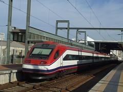 CP 4000 (pfloraf) Tags: rail trains bahn railways trens comboios ferrocarriles treni