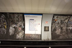 Victoria Line - London Underground (Olivier.S) Tags: city uk london underground europe harrods shoreditch stjamespark londres coventgarden hydepark londoncity buckingampalace spitafieldmarket canoneos5dmarkii 5dmarkii