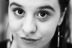 (María Granados) Tags: blackandwhite blancoynegro 50mm eyes ojos f18