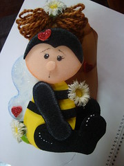 abeja portacosas (adrianela) Tags: en varios foami