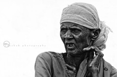 Portrait of Hardlife | Agriculture worker at the age of 80+ (ayashok photography) Tags: portrait people bw india blackwhite nikon patti dude bnw tamilnadu thenkasi nikkor70300mm ayashok nikond300 aya9155