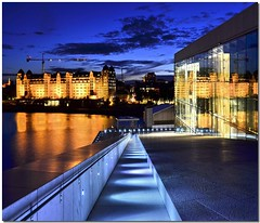 Northern getaway (Nespyxel) Tags: blue lines oslo buildings reflections norge blu getaway north bynight luci operahouse riflessi notturna nocturne norvegia nord palazzi fuga geometrie reflexes linee lioghts geometries bluhour stefanoscarselli nespyzel