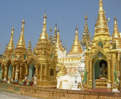Shwedagon 07 (1)