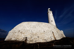 Weathered (St. Mary's lighthouse) (ScudMonkey) Tags: lighthouse canon stmarys whitleybay uwa ultrawideangle ef1740mmf4l neengland paulbradley 5dmkii tynecoast