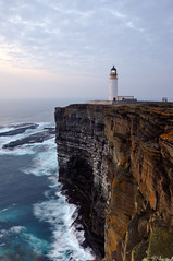 Noup Head Lighthouse in the gloaming, Westray, Orkney (iancowe) Tags: sunset cliff night evening scotland twilight orkney head scottish stevenson edge gloaming clifftop northernlighthouseboard nlb westray noup lighthousetrek lightkeeperaward wbnawgbsct