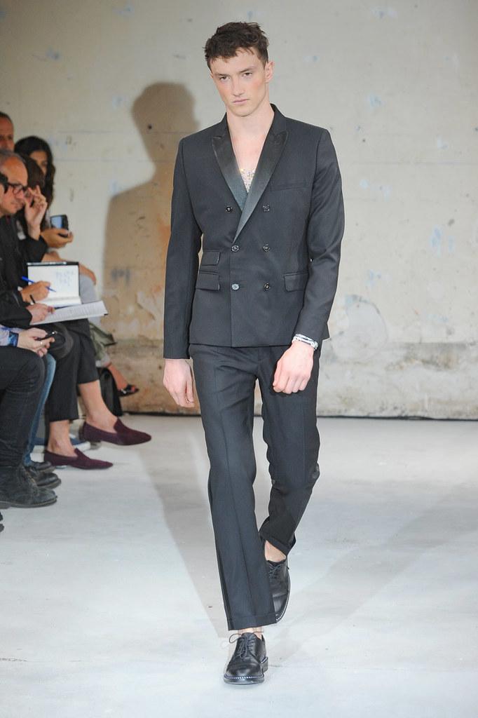 SS12 Paris Christian Lacroix021_Jacob Coupe(Homme Model)