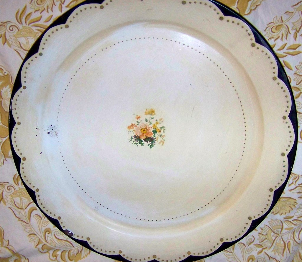 Round Metal Tole Painted tray cream gold dots flower vintage antique collection hand painted