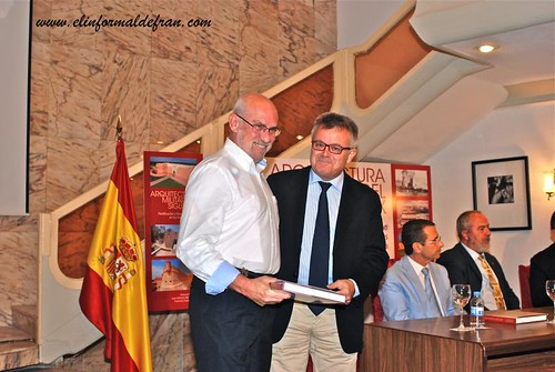 "aprtesentación del Libro ""Arquitectura Militar del Sigli XIX"""