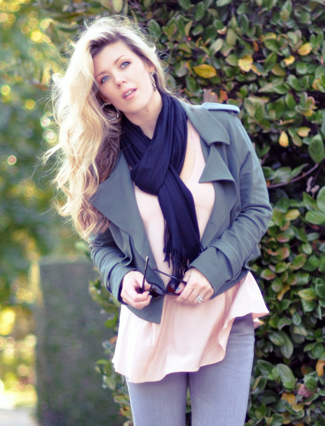 long blonde wavy hair - fall outfit-peach and gray and army green
