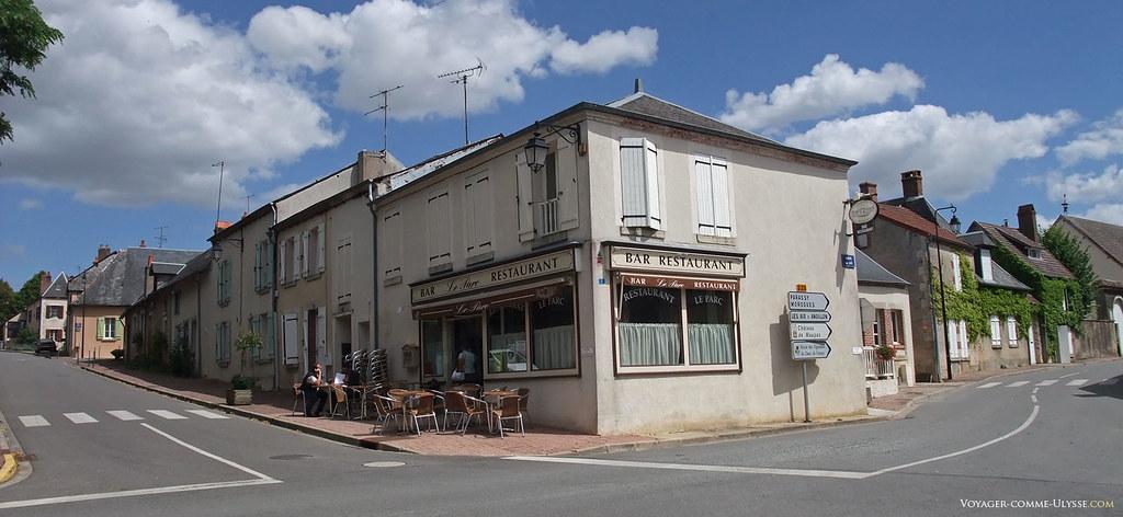 Dans chaque village de France, il y a un bar