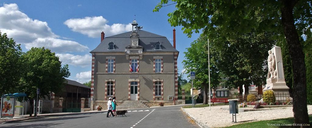 Mairie-ecole de Menetou-Salon
