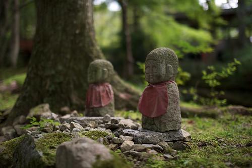 [フリー画像素材] 芸術・アート, 彫刻・彫像, 仏像, 地蔵菩薩・お地蔵さん, 仏教, 風景 - 日本 ID:201110131200