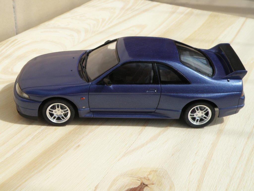 1993 Nissan Skyline GT-R r33 6235561744_505ffece9c_b