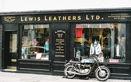 Lewis Leathers by Vespamore !