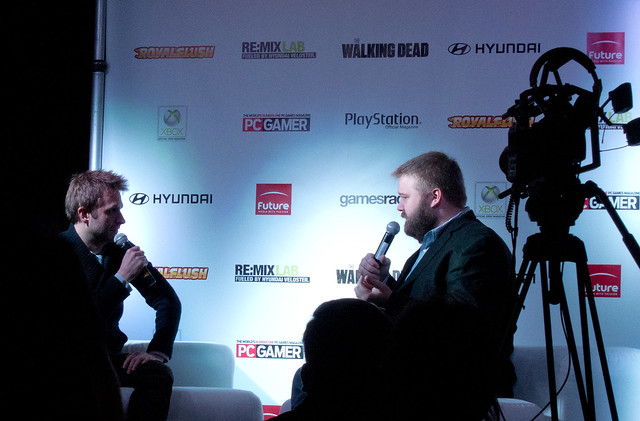 Chris Hardwick Interviewing The Walking Dead Creator Robert Kirkman