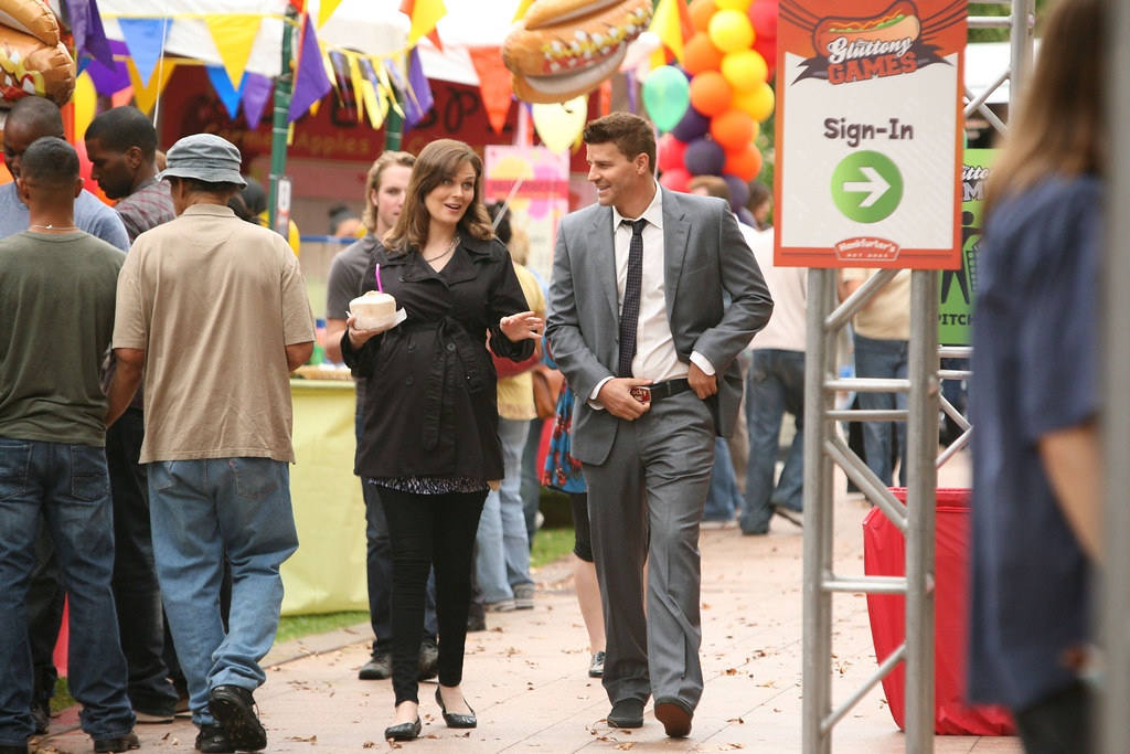 HiRes 7x02 - The Hot Dog in the Competition