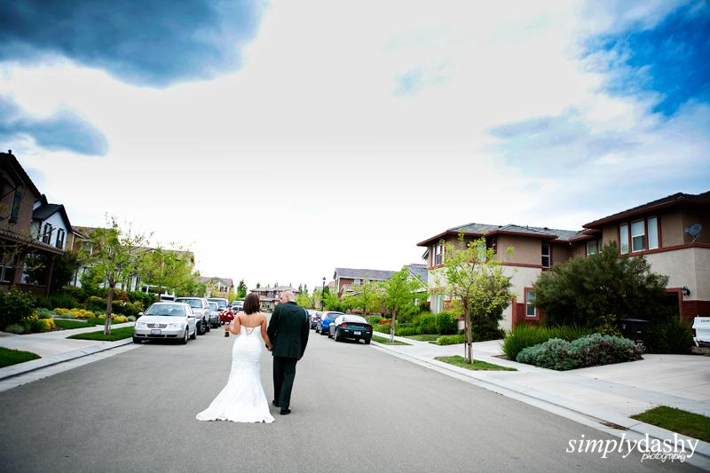 29_0387_BrideGroomWalkingAway