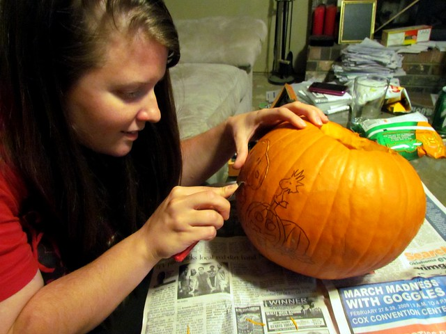 Karen Carving the Outline