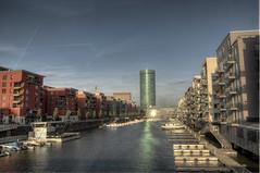 Westhafen Frankfurt (thorsten198) Tags: sunset marina germany deutschland nikon sonnenuntergang frankfurt main hdr westhafen hdri frankfurtmain manfrotto ffm d300 photomatix colorphotoaward frankfurterbotschaft westhafenturm thorsten198
