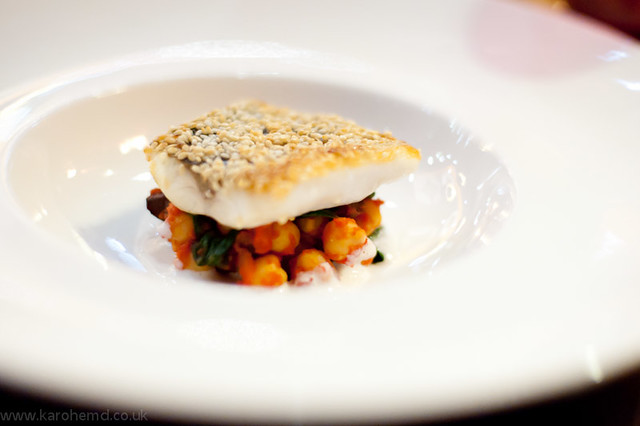 Seabass, chickpeas, red pepper and anchovy