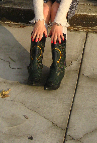shoes/nails