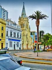 Antofagasta Chile - Catedral y Plaza Colón (Victorddt) Tags: chile plaza church square catedral iglesia sonycybershot colón antofagasta dsch55
