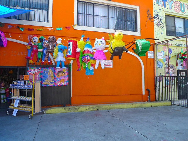 Pinata District