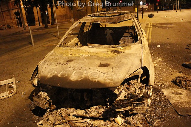 London Riots,Burned out police car