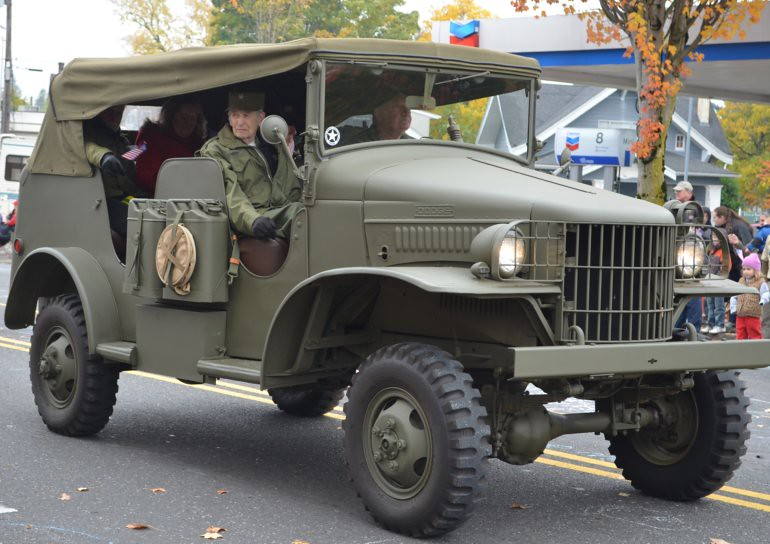 DSC_0023_veterans_day_parade_jeep