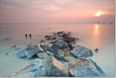 last (tahfiz) Tags: sunset nikon tokina pantai 1224 remis nd8 d80