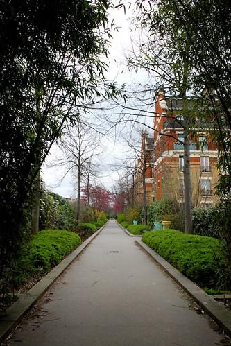 la Promenade Plantee (by: Eric Bas, creative commons license)