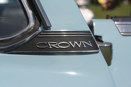 Toyota Crown MS56 emblem
