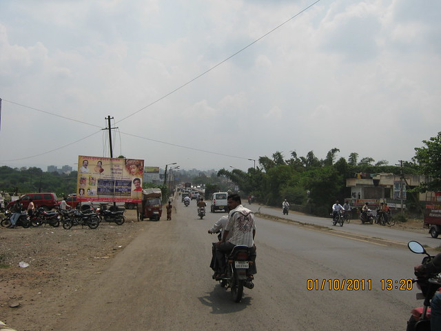 To Hadapsar from Nagar Road - Kharadi Hadapsar Bypass at Liviano Kharadi Pune