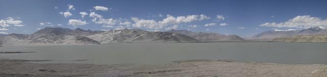 The sand dune lake