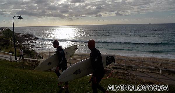 Early morning Bondi surfers