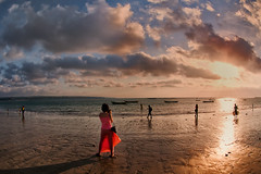 Kedongan, Jimbaran - I am RED HOT (Mio Cade) Tags: sunset red bali hot beach indonesia anger angry jimbaran kedongan