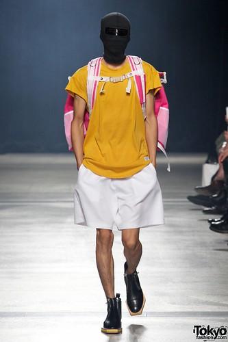 Banal-Chic-Bizarre-Menswear-Japan-Fashion-Week-2012-SS-005-600x900
