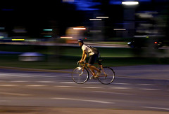 Night Biker (CoolMcFlash) Tags: vienna wien auto street urban man motion male car bike bicycle night speed canon person eos austria sterreich movement nacht watching bewegung biker mann tamron panning fahrrad sporty icm nachtaufnahme bewegungsunschrfe sportlich geschwindigkeit schauen nachtaufnahmen fahrradfahrer strase 18270 mitziehen 60d b008 intentionalcameramovement