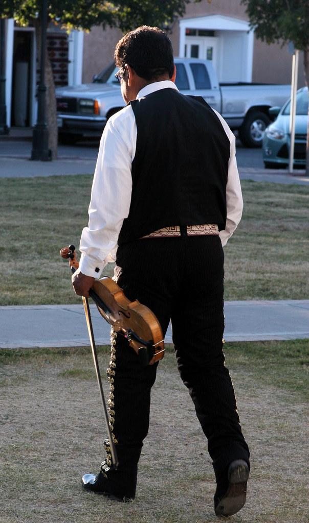 Mariachi and Violin