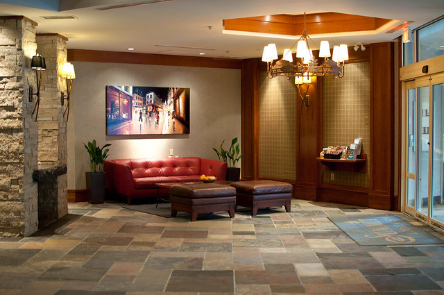 Summit Lodge lobby and entrance