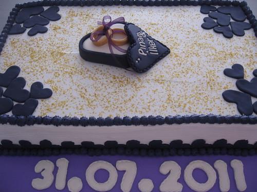 kremalı nişan pastası 005