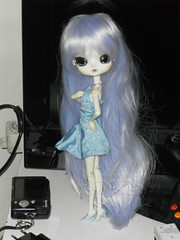 Meet Nevada ~ SAM2581_Dal_Tina_ (applecandy spica) Tags: blue white ice shoes doll dress body head barbie dal pale wig tina pullip custom mir eris paleskin leeke eyemechanism angelblue byul