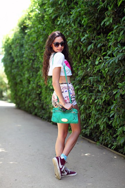 girl with a green bag