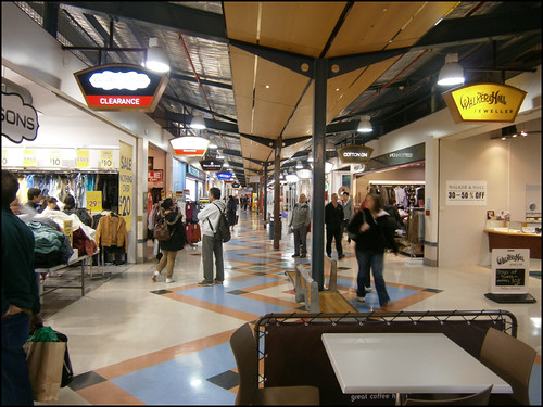 Dress Smart Outlet Shopping Center in Onehunga